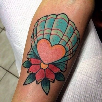 Little seashell on Corie @taylorstreettattoo  (at Taylor Street Tattoo)