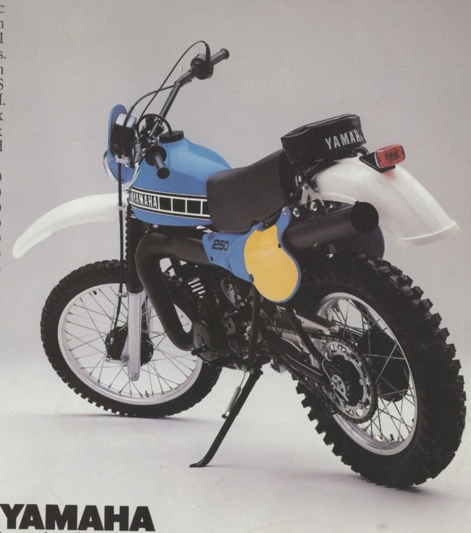 1981 Yamaha IT 250 Brochure