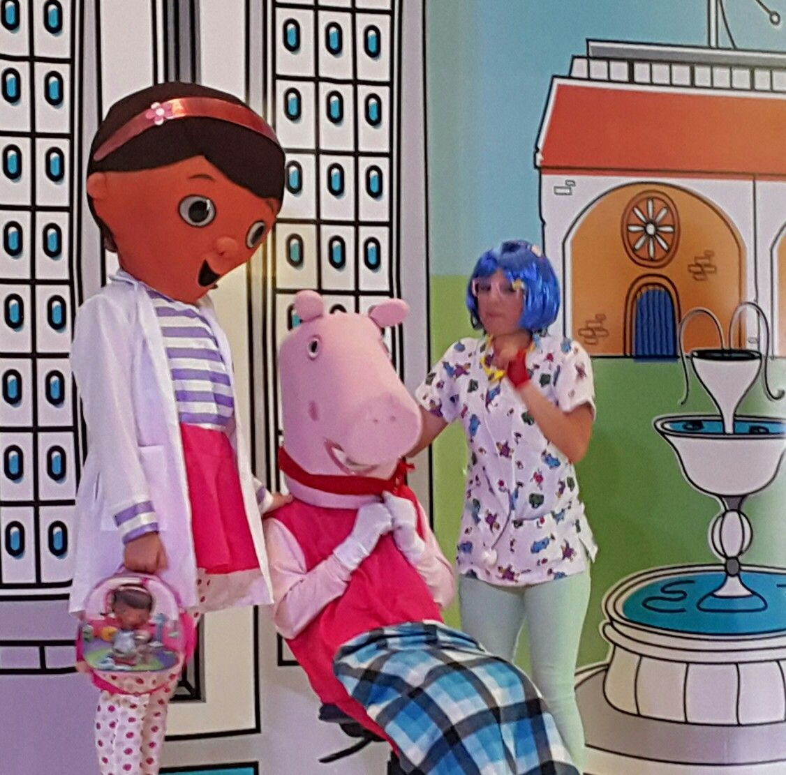 Dra Juguetes, Peppa Pig y nuestra animadora Kitty 8831-3232