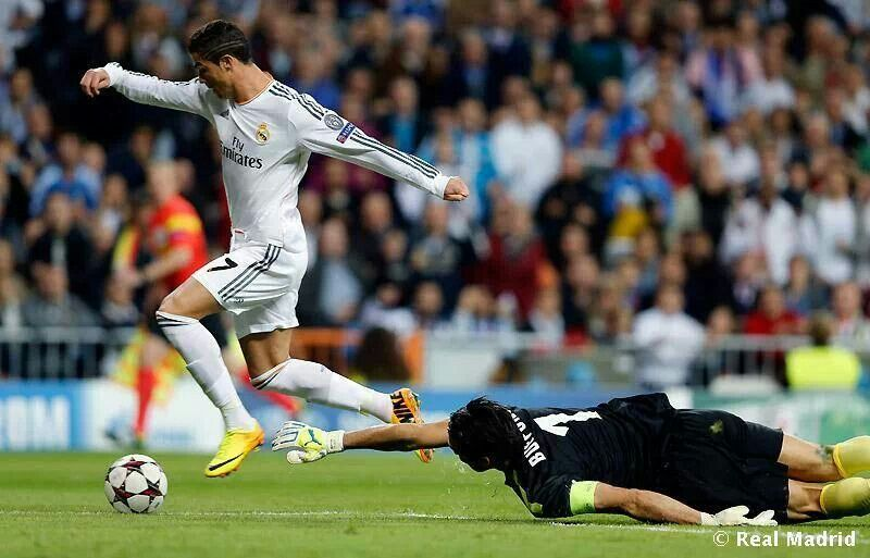 Pin By Jessica Majano On Rc7 Real Madrid Football Club Real Madrid Football Estadio Santiago Bernabeu