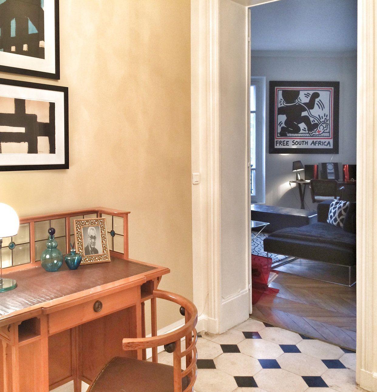 Hall entrance Paris heritage Artemide Maxalto Keith Haring | Elena ...