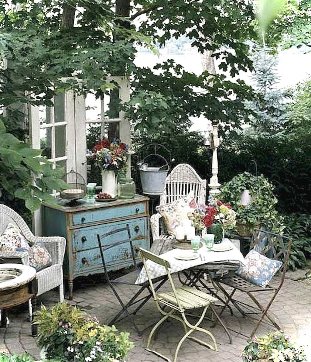 Shabby Chic Outdoor Furniture Ideas