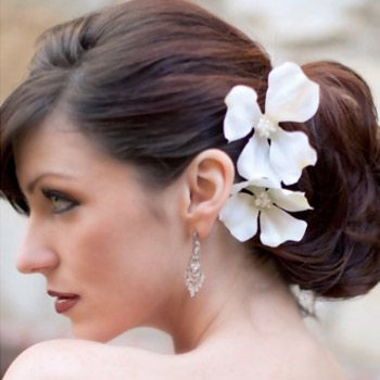 Most Popular Hairstyles For Reception Popular Hairstyles - Bun hairstyle for reception