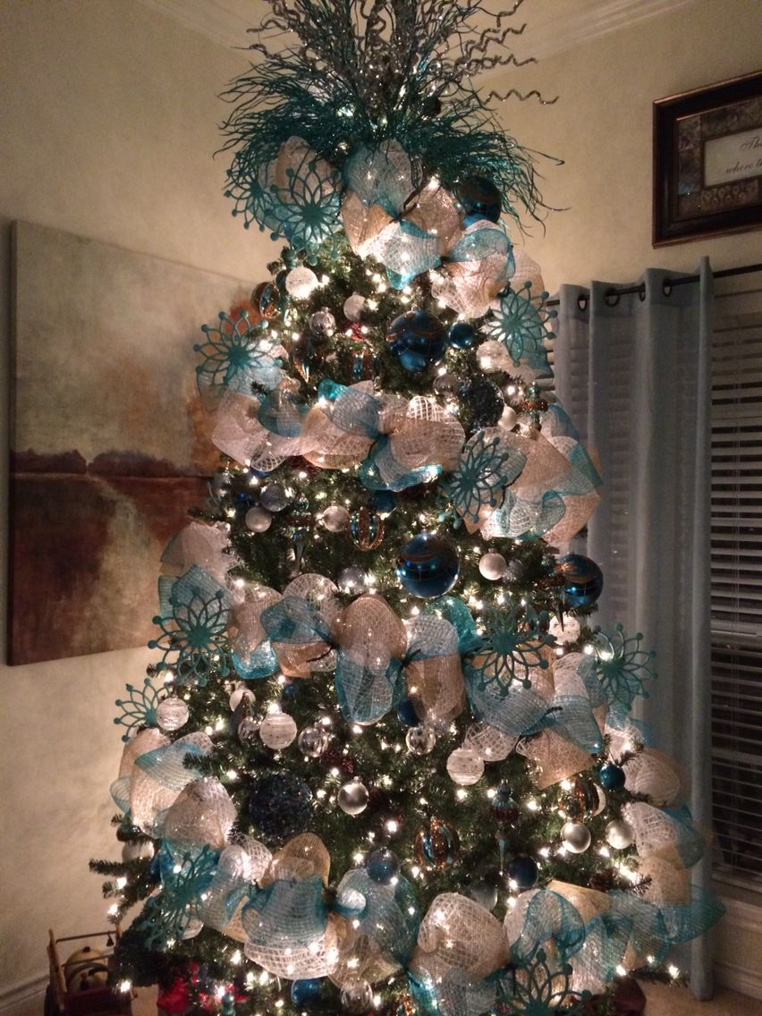 Our Christmas Tree Teal White And Silver I M In Love With It Ribbon On Christmas Tree Teal Christmas Decorations Silver Christmas Tree