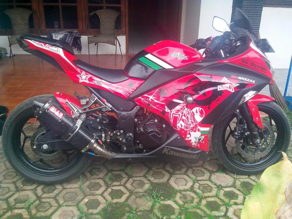 Modifikasi Motor Kawasaki Ninja 250 Fi Merah Digital Printing