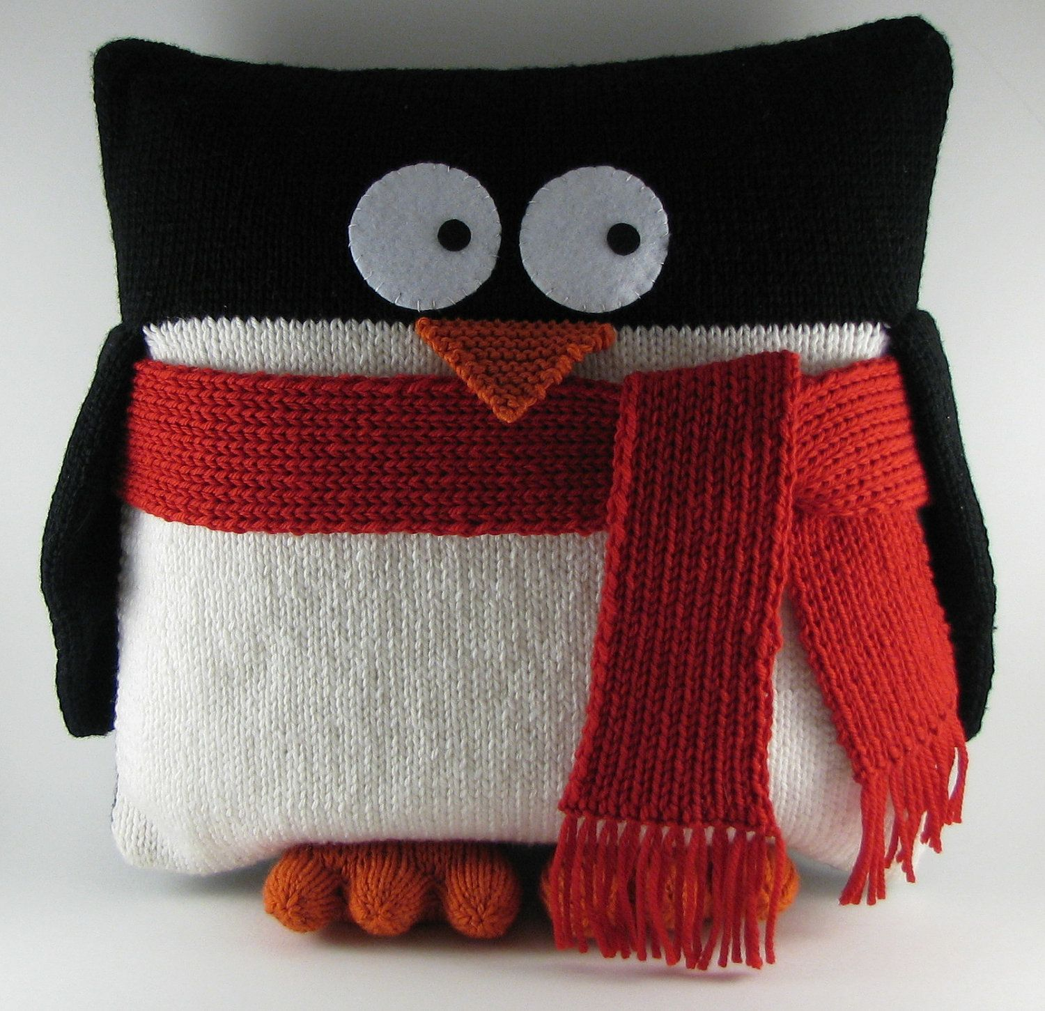 Penguin pillow dino too knitting patterns pinterest penguins a knitted penguin cushion but think that hed look just as cute made from polar fleece bankloansurffo Images