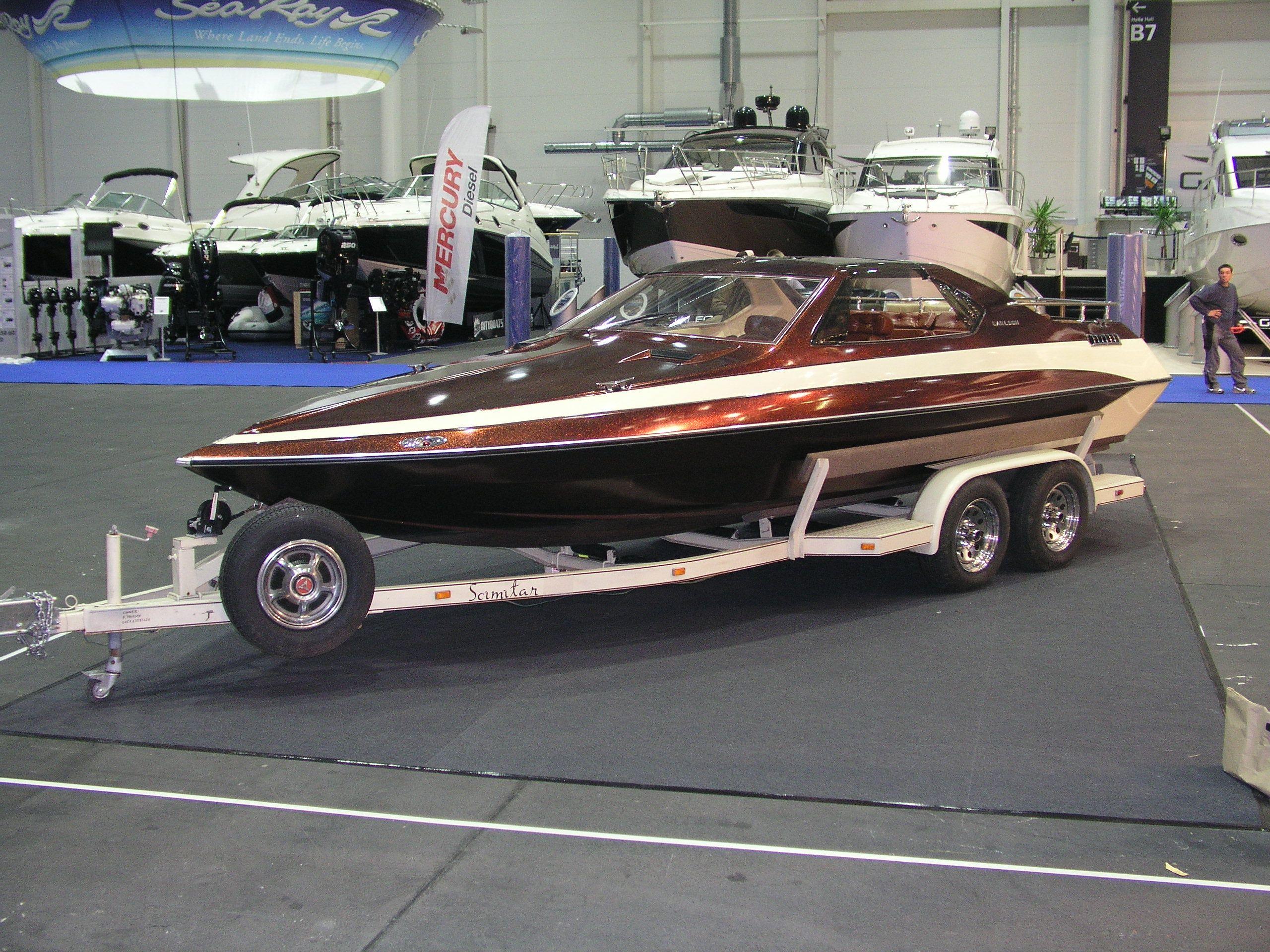 Motor Boote Schallehn Gebrauchtboote Glastron Carlson CV23