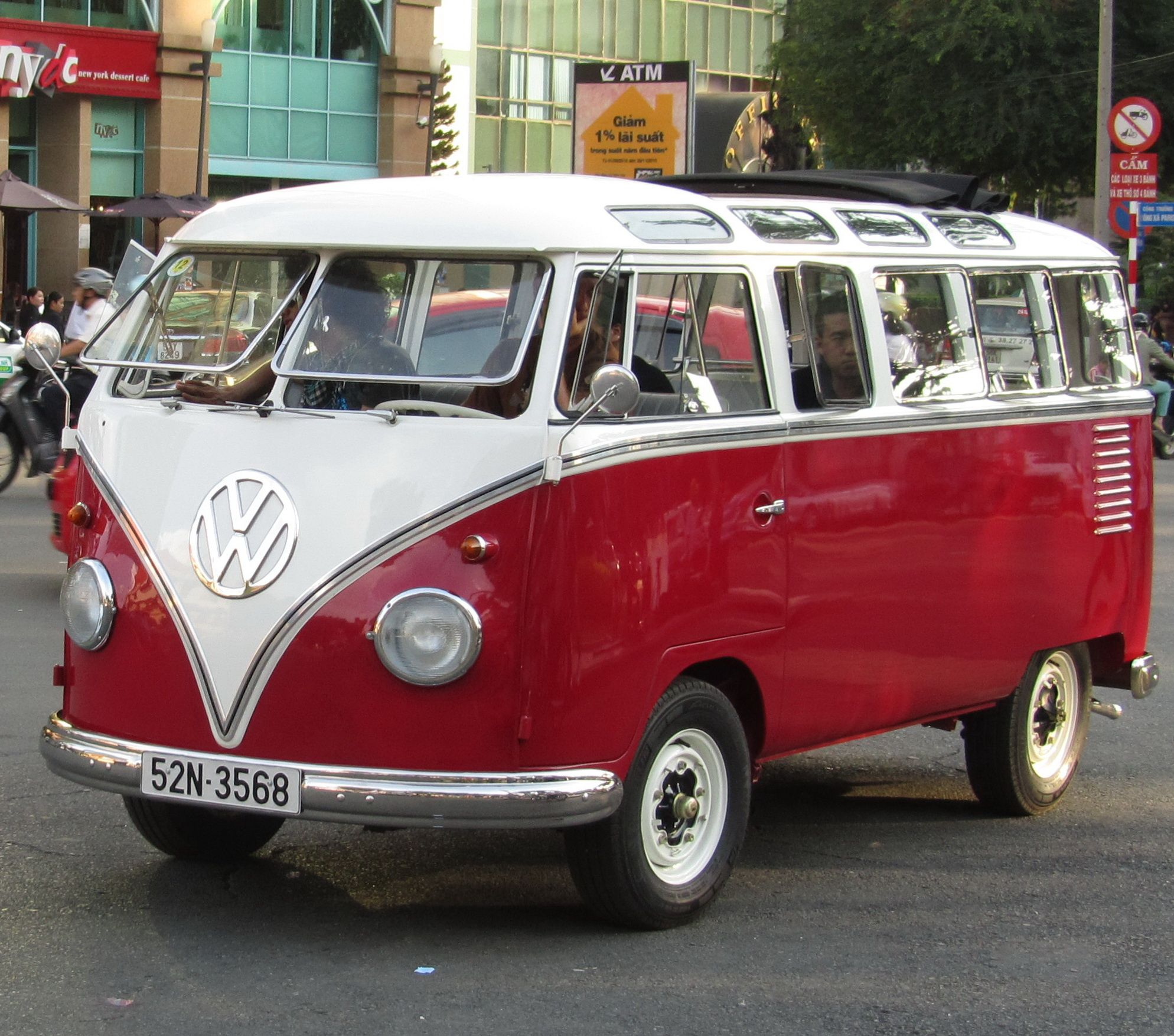 I Purchased A Used 1961 Volkswagen Window Van Used From A Coworker At Pacific Motor Trucking