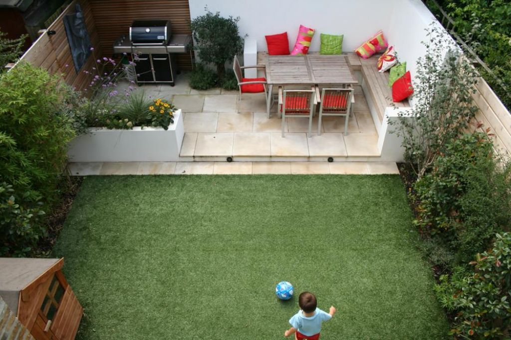 Design Ideas With Lounge Space In Small Garden As Kids Playing Space 55e91a2f5457c Jpg Back Garden Design Small House Garden Design Small Backyard Landscaping