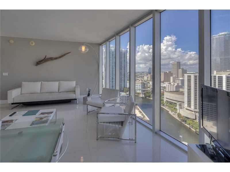485 Brickell Ave, Unit 2602, Miami $679,000 Turn-key