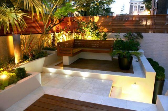Superior Holz Gartenbank Pflanzen Beleuchtung Betonmauer Boden