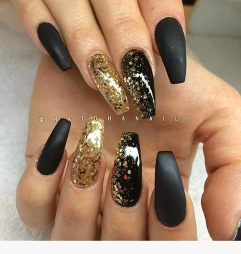 Blacknail Gold Acrylic Nails Black Gold Nails Gold Nails