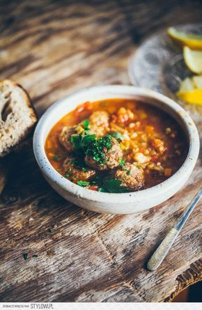 Najlepsza Zupa Swiata Z Freekeh I Pulpecikami Gotuje Na Stylowi Pl Cooking Food Salty Foods