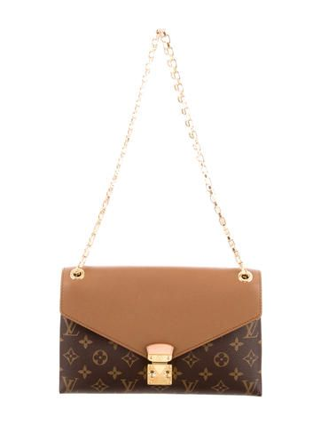 816d297cf552 Louis Vuitton Monogram Pallas Chain Bag  LouisVuitton