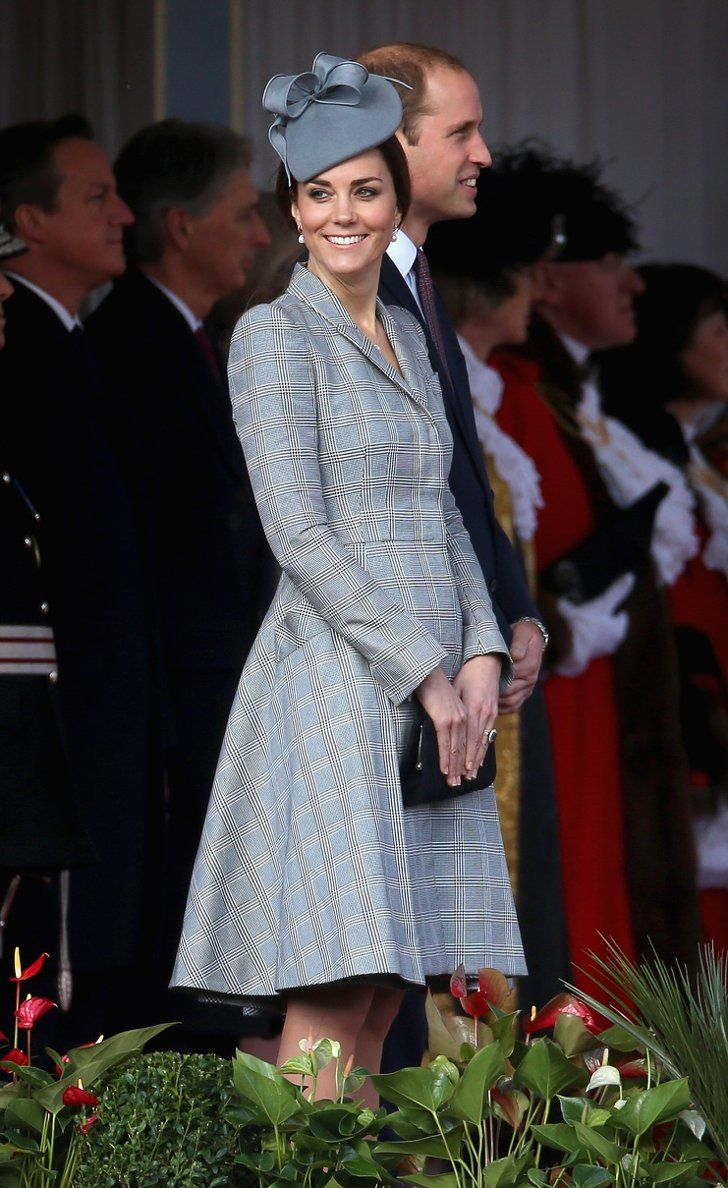 Pin for Later: Steal Kate Middleton's Pregnancy Style, Even If You Aren't Expecting Kate Middleton in Alexander McQueen