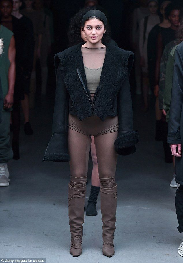 b6684afb58984 New York Fashionista  Kylie Jenner gave Kanye West s fashion debut a   boost  by participating in the show on Thursday during New York Fashion  Week