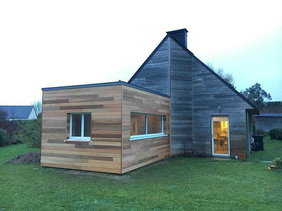 Extension en bois d\u0027une maison normande par Les Nouveaux Agenceurs à