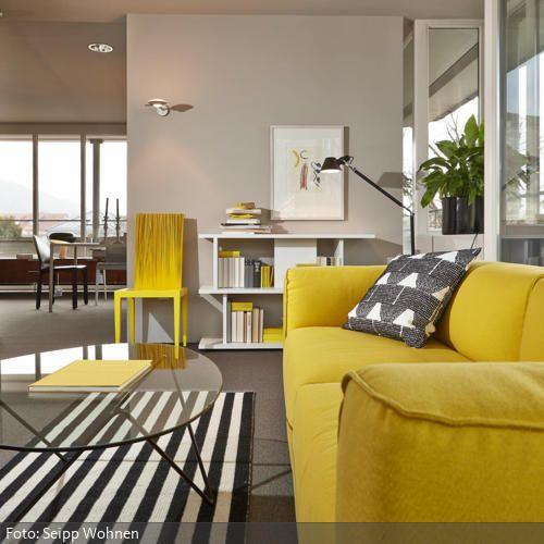 Wohnzimmer mit gelben Hinguckern | Sofa, Sorgen und Gelb