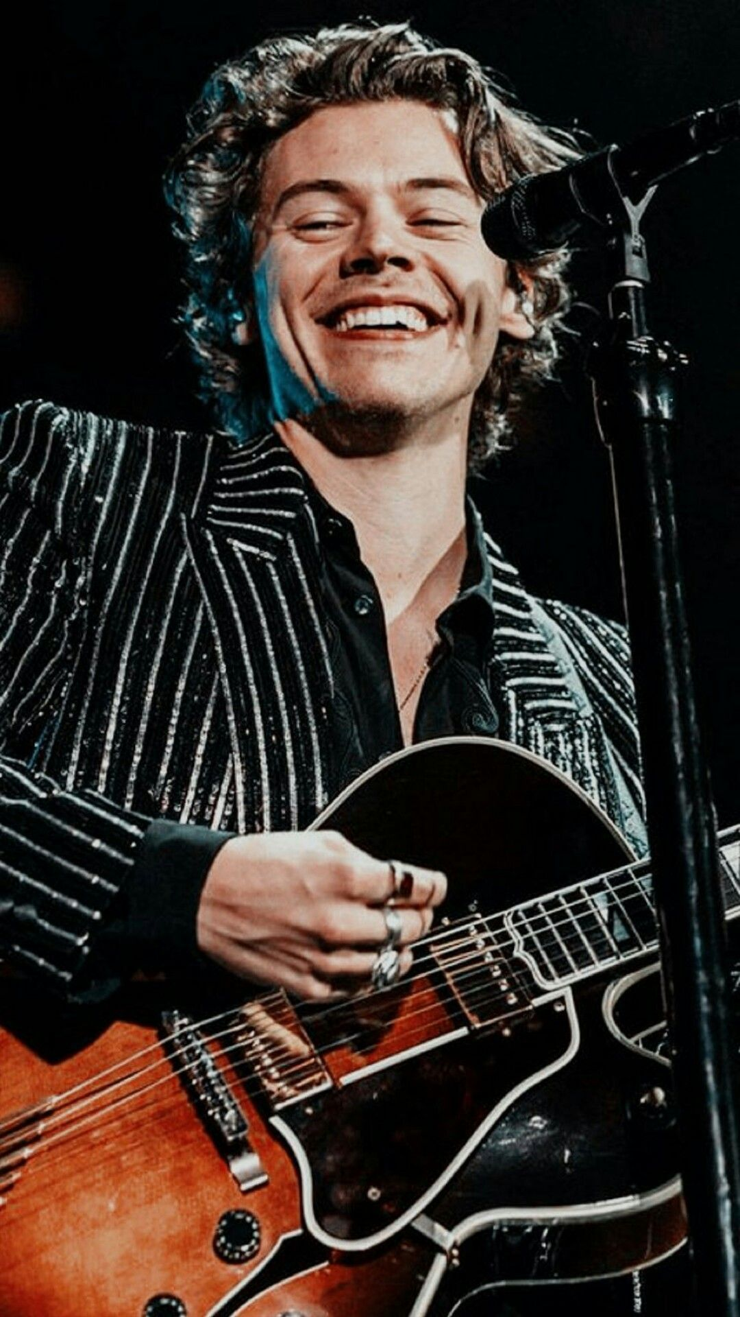 Pin By Vaishvamp On Treat Harry With Kindness With Images