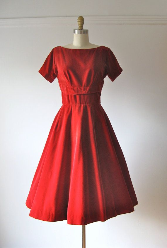 9438dbd0af7 vintage 1950s dress   50s dress   Red Velvet Cupcake by Dronning ...