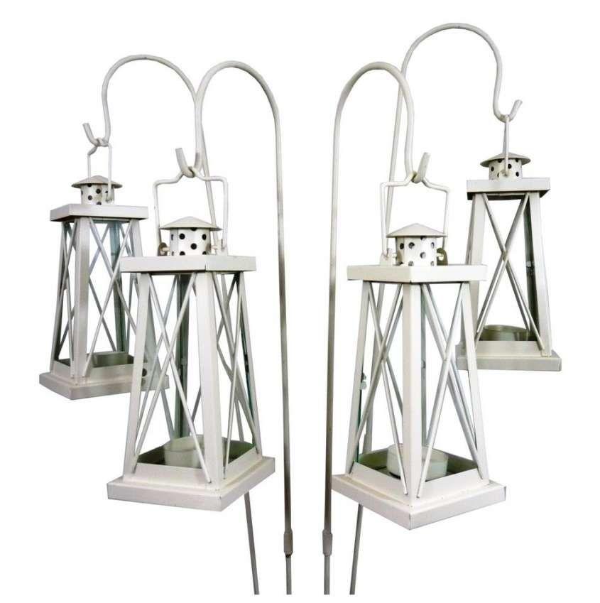 Lanterne Bianche Da Esterno.Lanterne Da Esterno Idee Per La Casa Garden Lanterns Garden