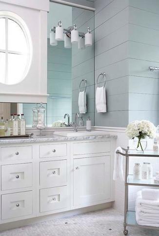 Elements Of A Cape Cod Bathroom Design For A Luxurious Small Bathroom Traditional Bathroom Cape Cod Bathroom Bathroom Design