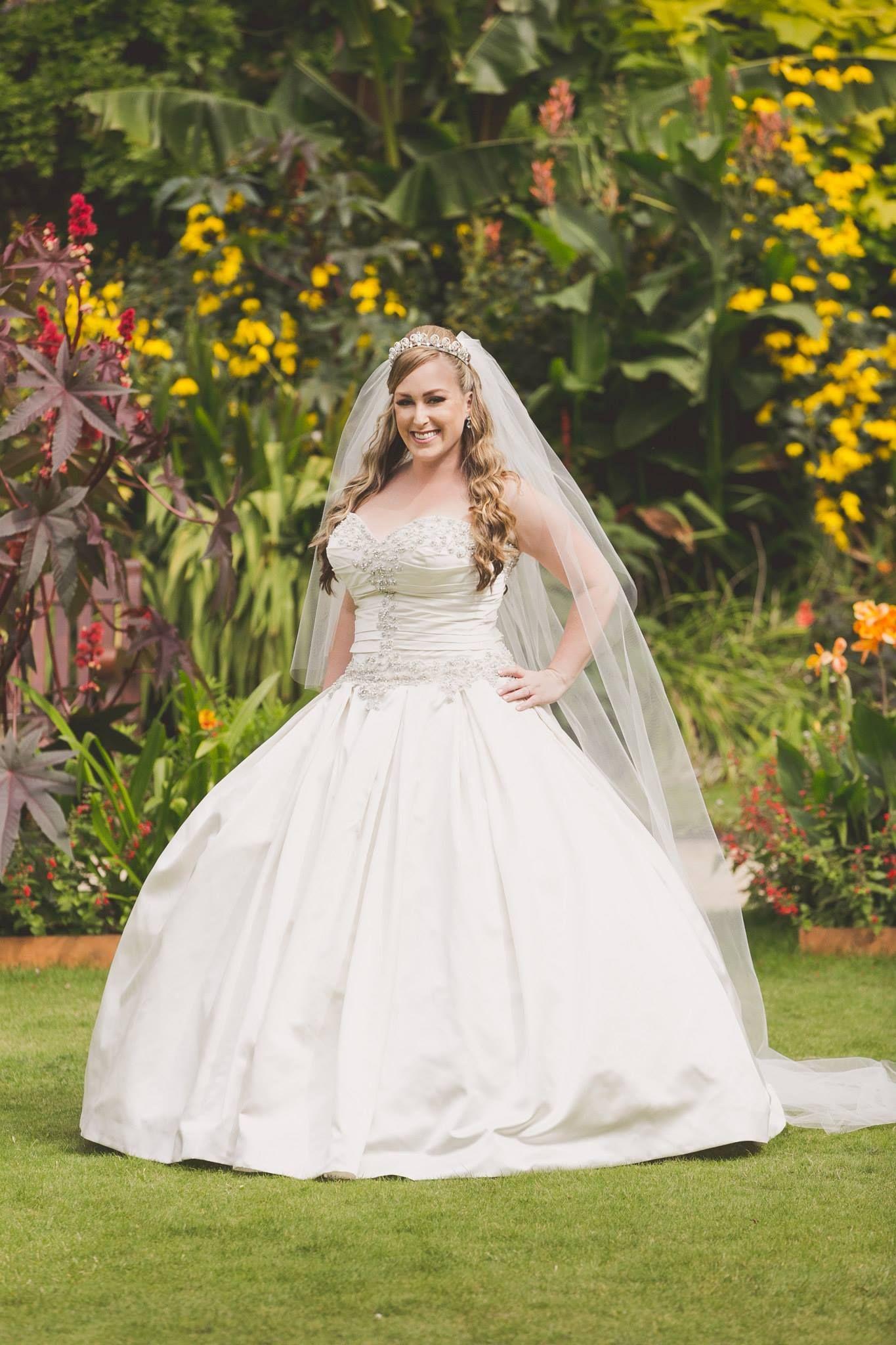Princess wedding dress Satin, pearl and crystal beaded