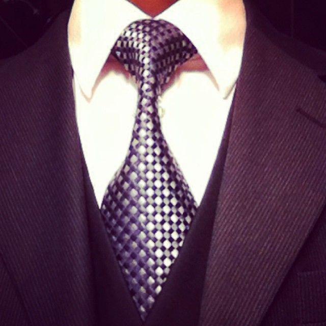e98ef11b7731 The Onassis Knot   Tie Knots   Tie, Knots, Tie clip