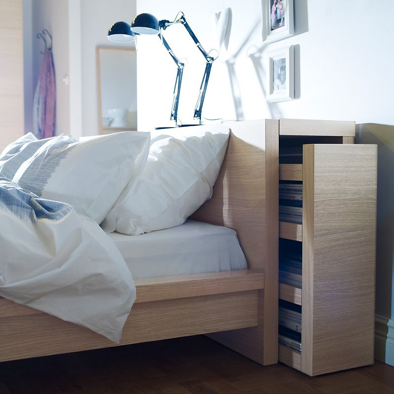 meuble ikea 10 astuces de dressing et rangement astucieuse cette t te de lit qui se. Black Bedroom Furniture Sets. Home Design Ideas