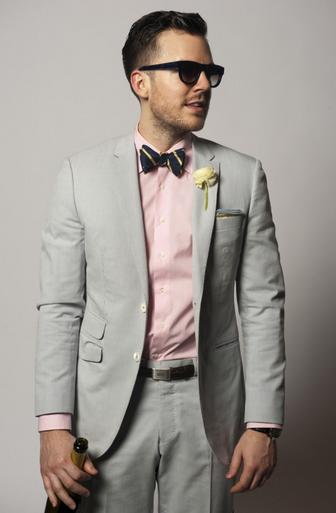 Wedding Style: Light Grey suit combinations | Pink shirt men