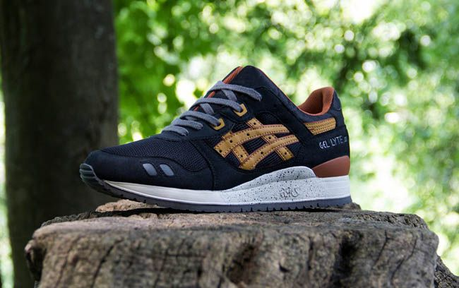 Asics Gel Lyte III | Black & Tan