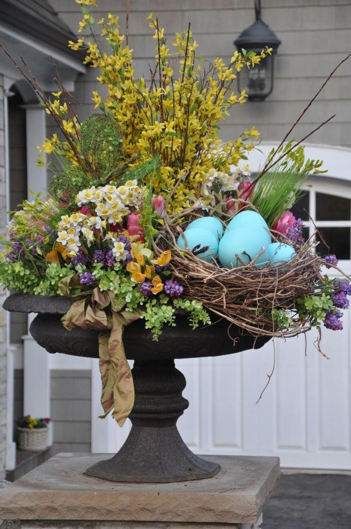 Elegant Gartendeko Basteln Naturmaterialien Osterdekoration Mit Eiern Und Zweigen