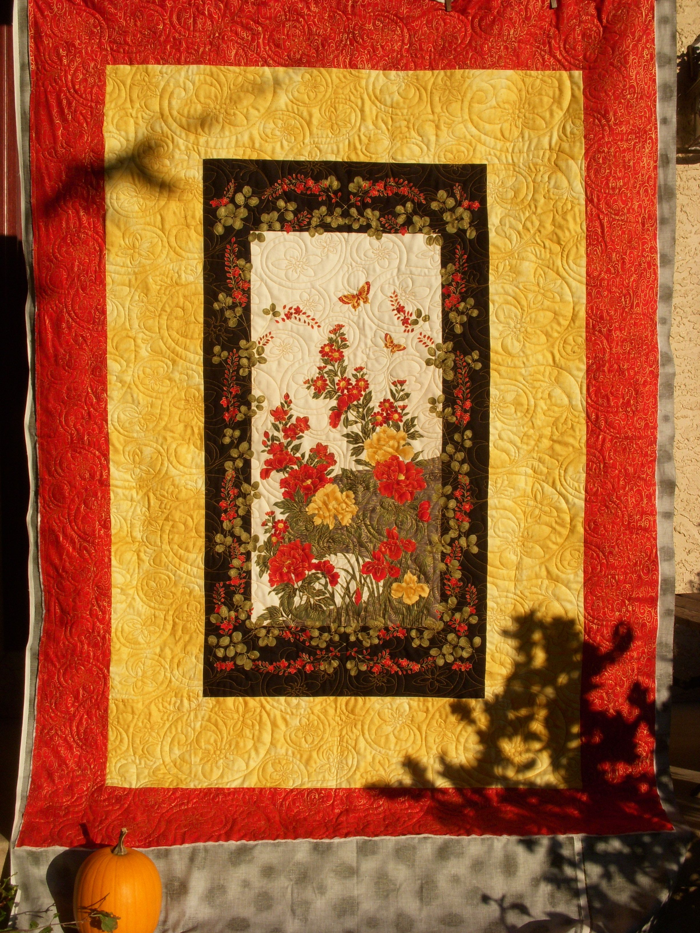 Floral wall hanging by Penny B. | Quilting by K. Conway | Pinterest ...