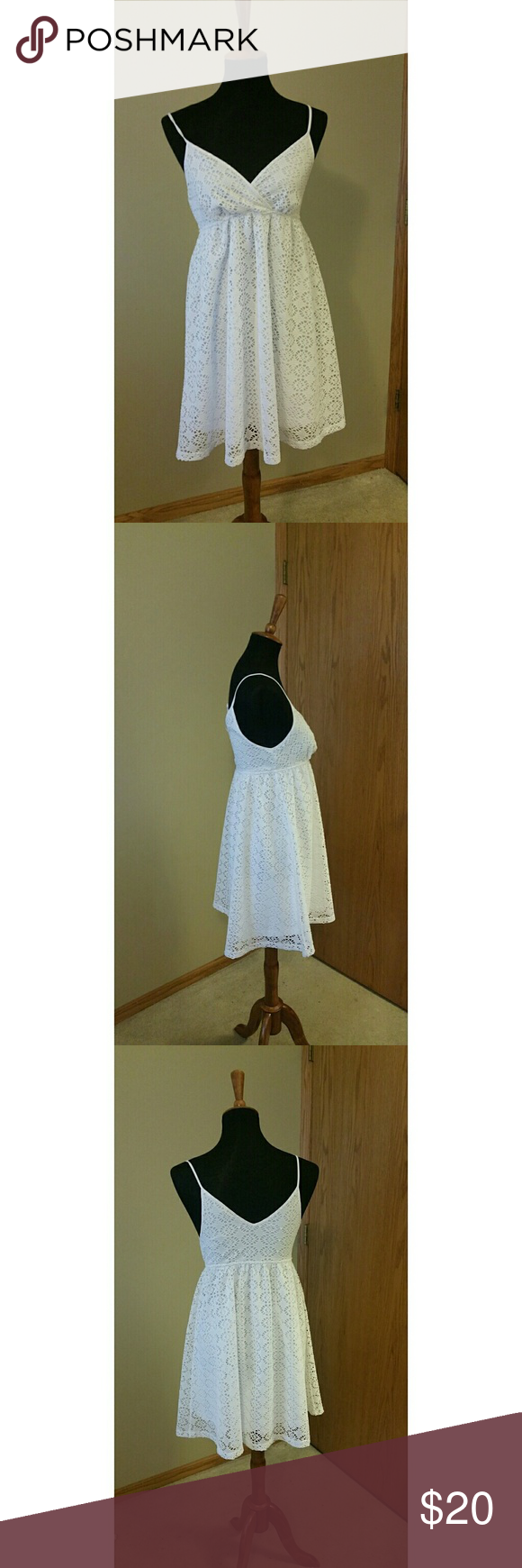 ☄SALE☄Espress white summer lace short sundress Really cute V neck summer white spaghetti strap dress from express. All over lace and lined. Excellent used condition  Let me know if you have any questions :) Express Dresses Mini #shortsundress