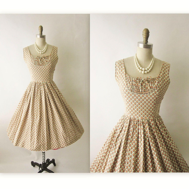 50 S Summer Dress Vintage 1950 S Floral Print Etsy Vintage Summer Dresses Floral Print Dress Summer Summer Dresses [ 1500 x 1500 Pixel ]
