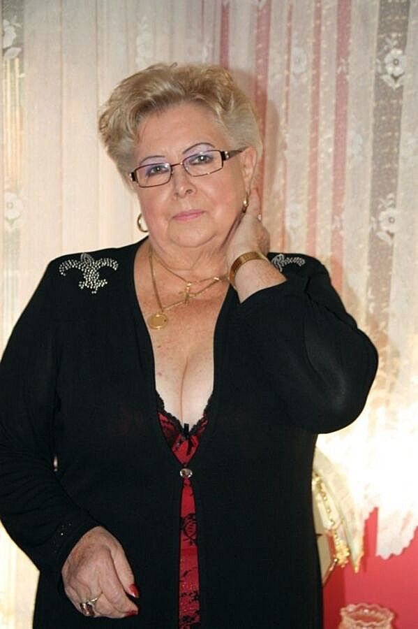 Pin On Mature Ladies I Want To Serve And Worship-1401