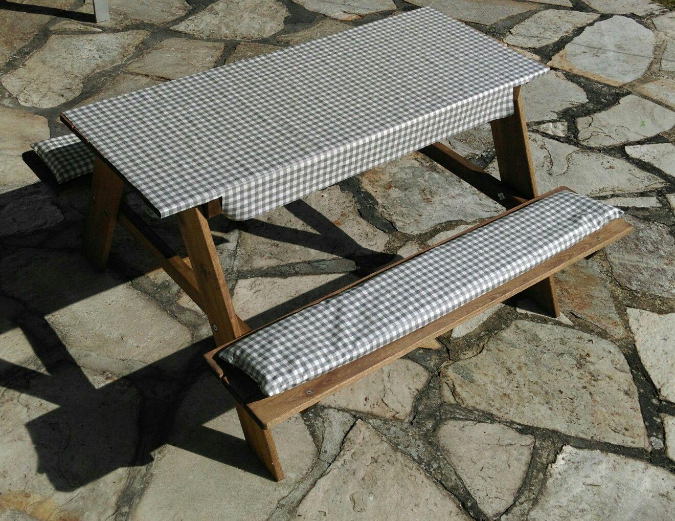 Ikea Kindersitzgruppe Fur Den Garten Tischdecke Und Sitzpolster Aus Wachstuch Auch Ikea Genaht Und Mit Klettpunkten An Den Kindersitzgruppe Tischdecke Tisch