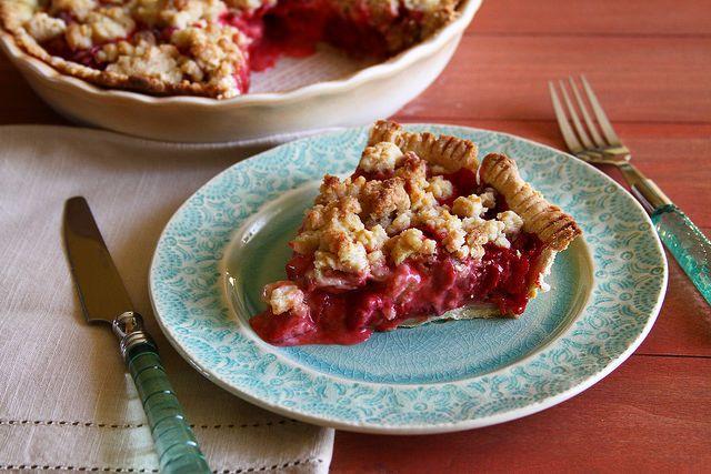 Strawberry Rhubarb Pie | Sugarcrafter