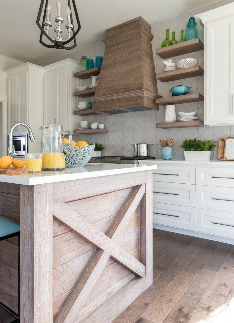 Lake Texoma New Build By Studio Steidley Interior Design Studio In Dallas Texas With Chevron Mattern Backsplash Natur Coastal Kitchen Kitchen Redo Lake House