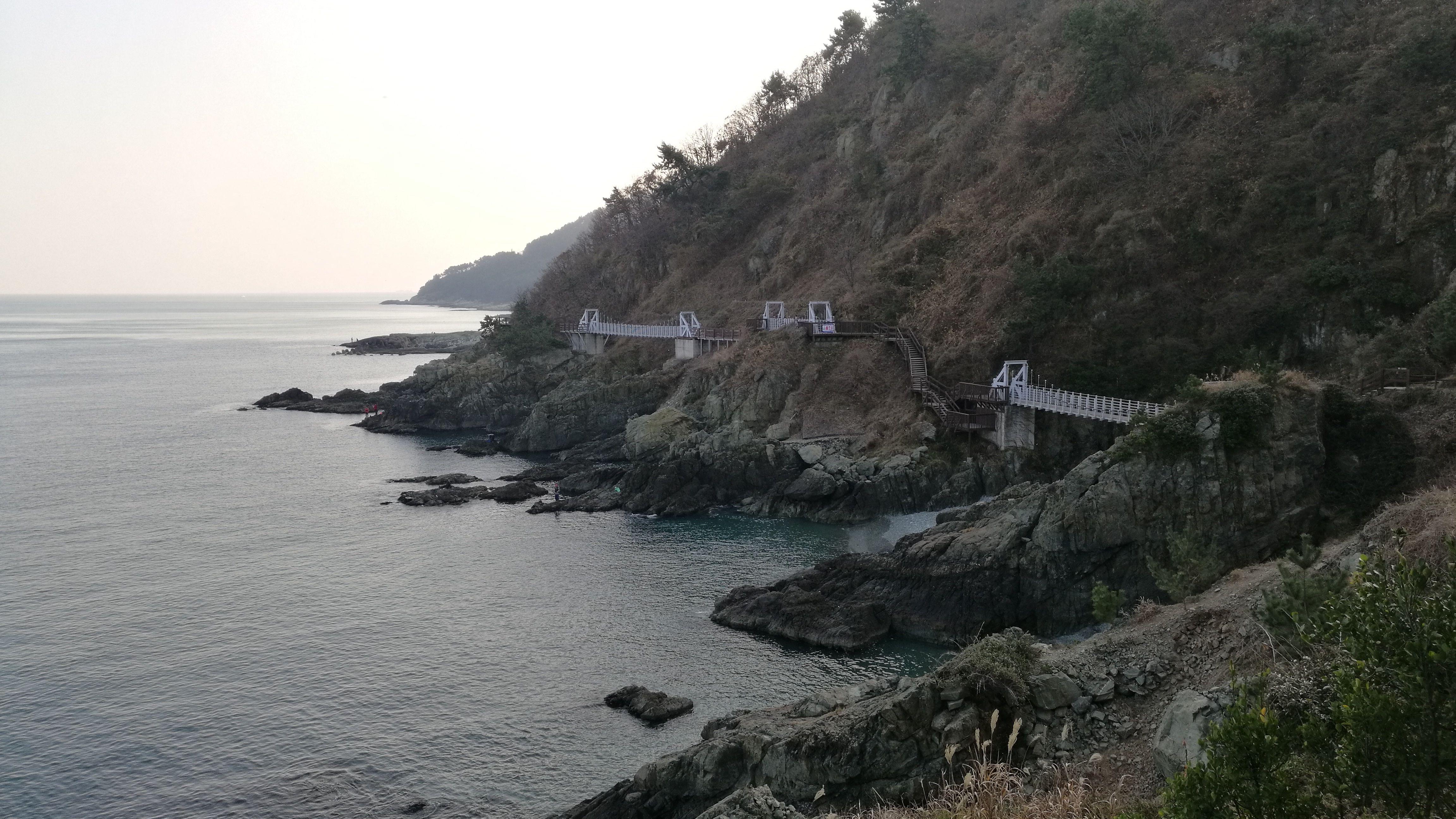 Paseo al lado del mar