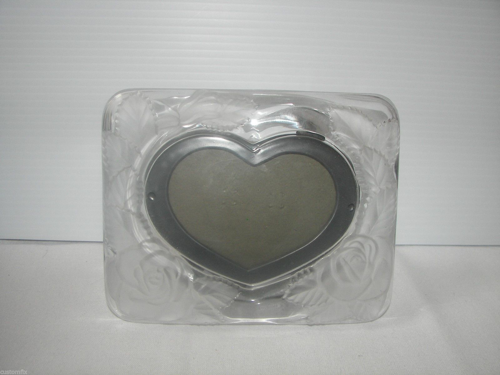 mikasa victorian rose heart frosted glass raised roses leaves picture frame ebay