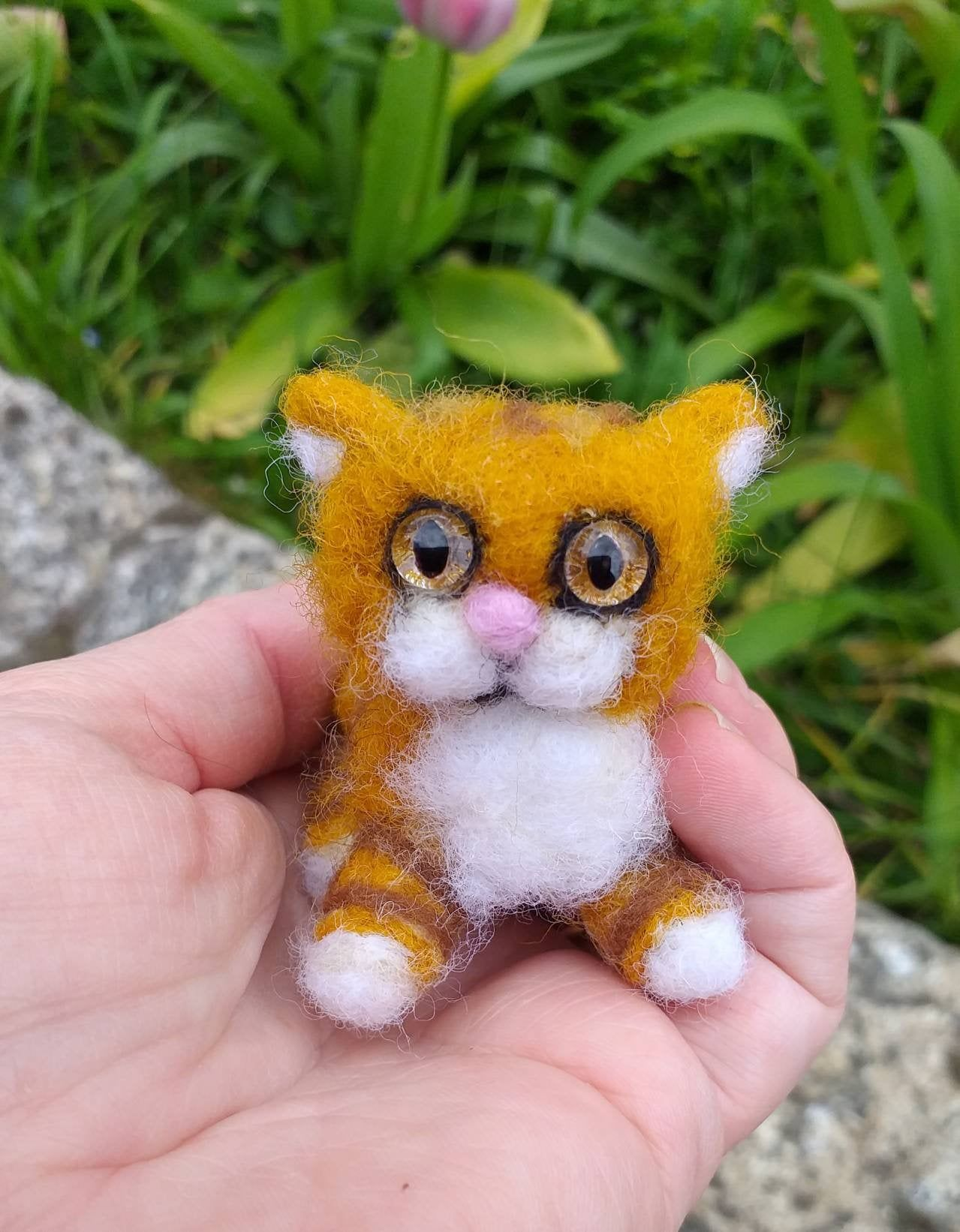 Tiny needle felted cute ginger kitten / cat, handmade collectable or small gift.