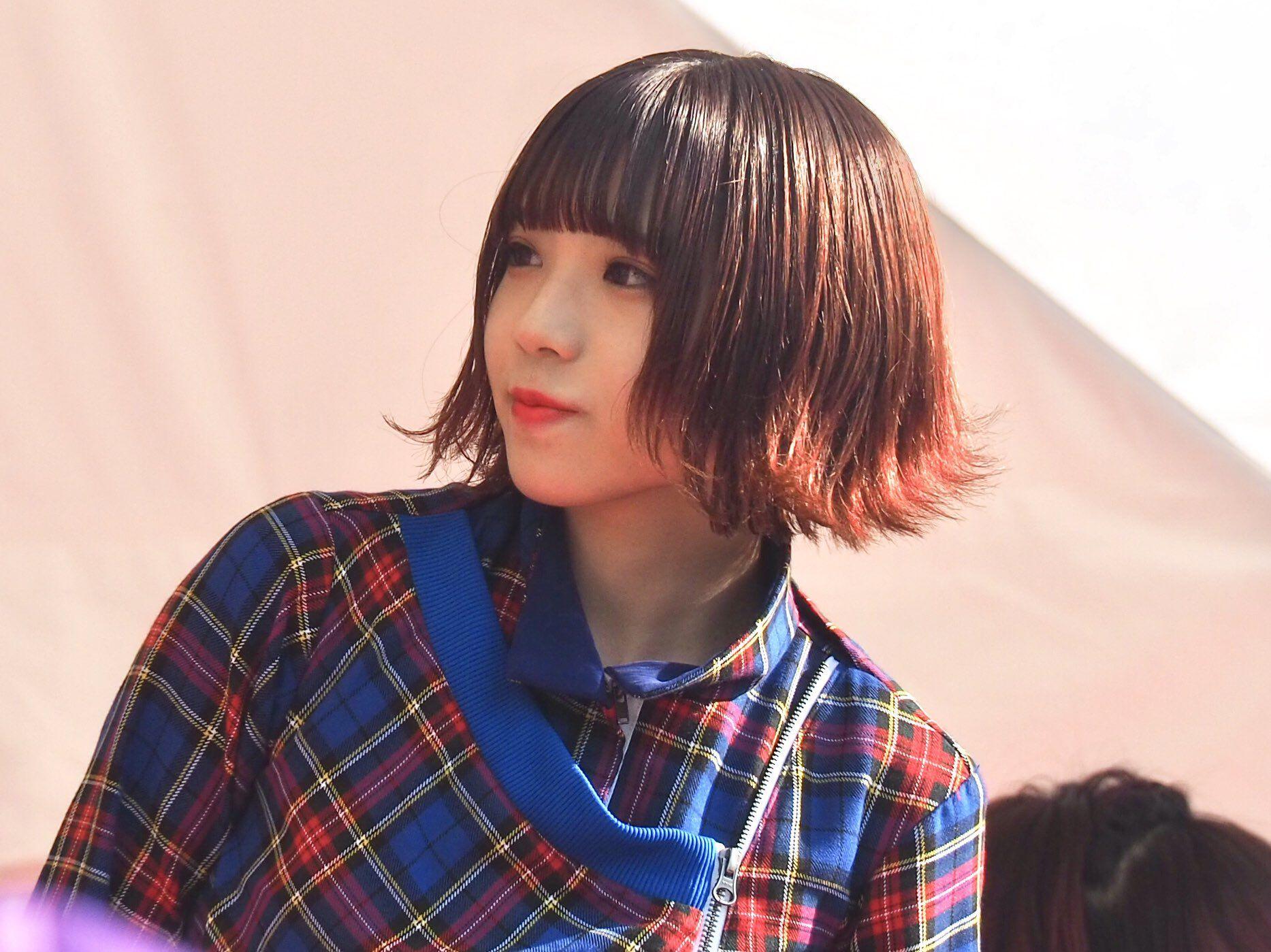 """髪型 アユニ d 【BiSH アユニ・D】存在感の秘密は""""オールブラック""""なファッションにあった!?"""