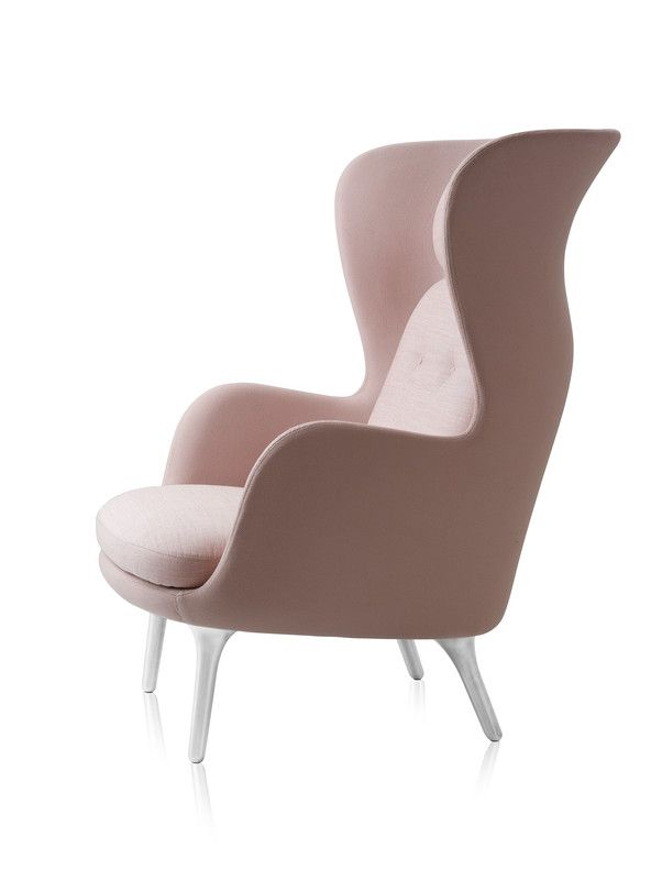 Ro Easy Chair in Light Pink by Jamie Hayon