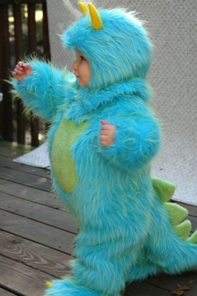 Monsters Inc. Costume AWW so cute. James has always hated costumes. maybe Devin will let me dress him up for Halloween! & A little blue monster- add some purple spots and this kind of looks ...