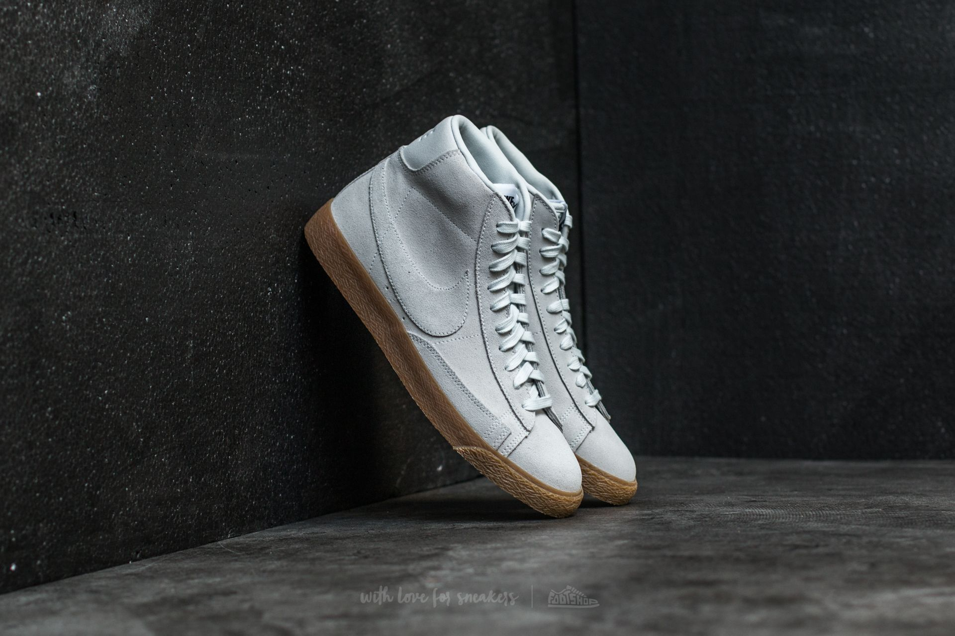 nike blazer off white gum sole