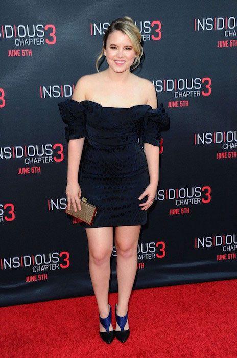 Actress taylor spreitler nude — photo 5