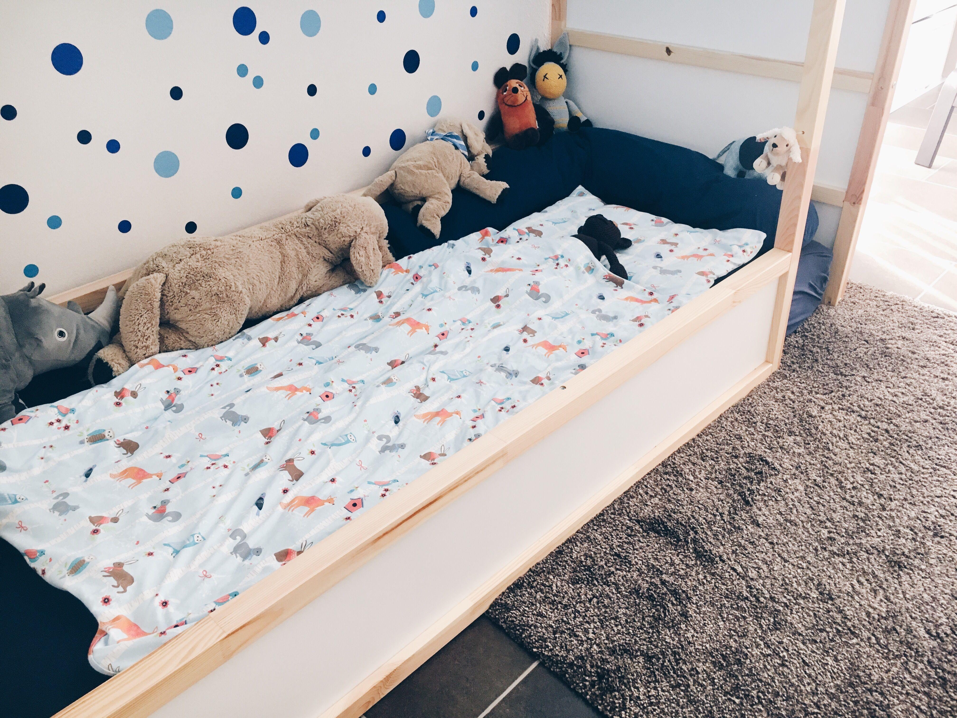 Das Bodenbett Ein Selbstbestimmter Schlafplatz Fur Kleinkinder Kind Kuche Chaos Bodenbetten Kleinkind Und Babyzimmer Madchen Kinderzimmer Ideen
