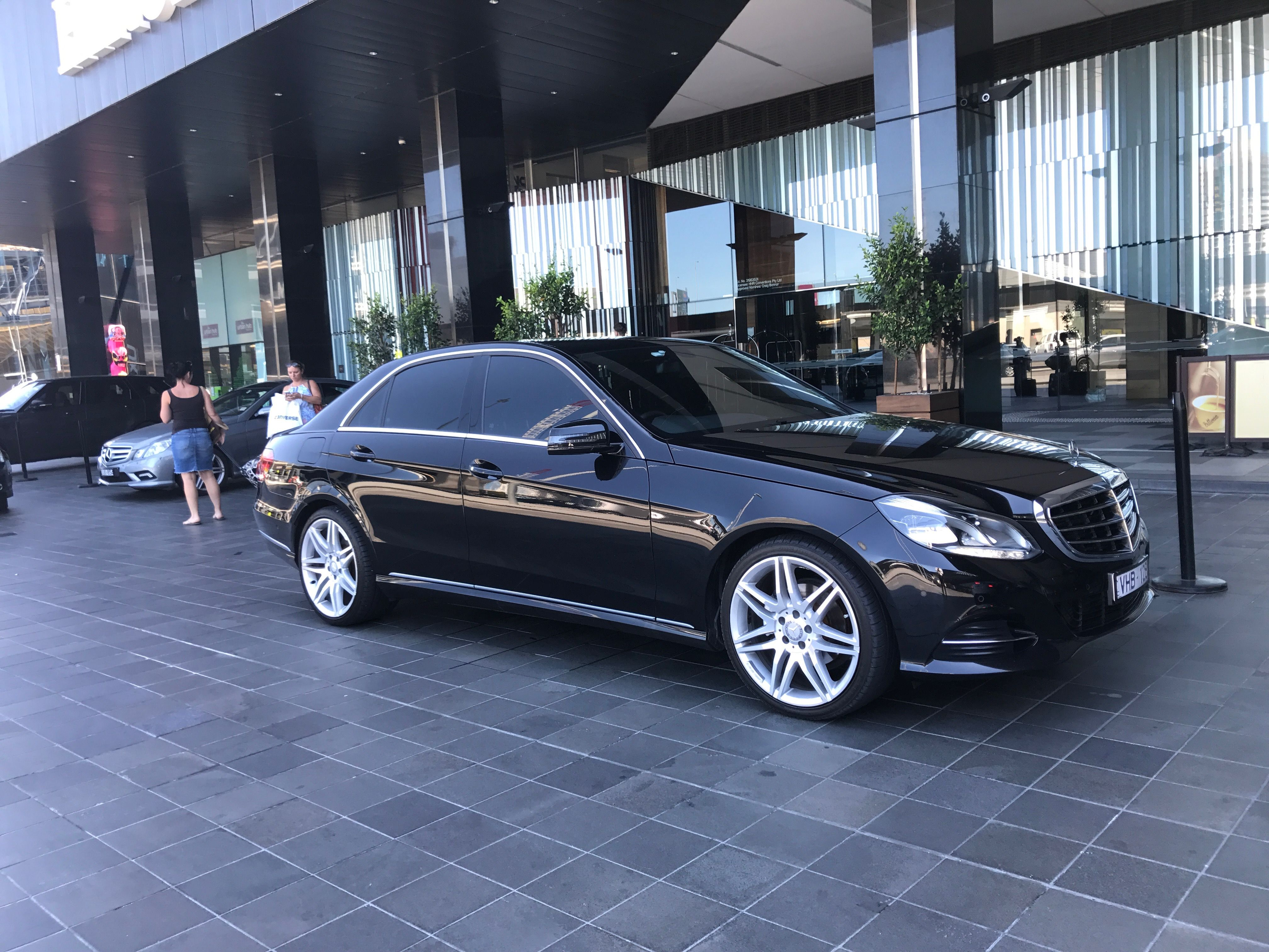 Luxury Airport Transfers Melbourne Luxury Airport Transfers