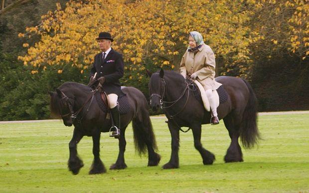 Video: Royal secrets revealed: Prince George calls the Queen 'Gan-Gan' - Telegraph
